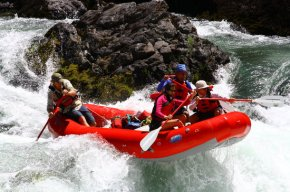 rafting-on-the-trinity